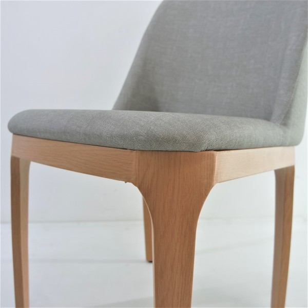 DINING ARM CHAIR - FRM02323