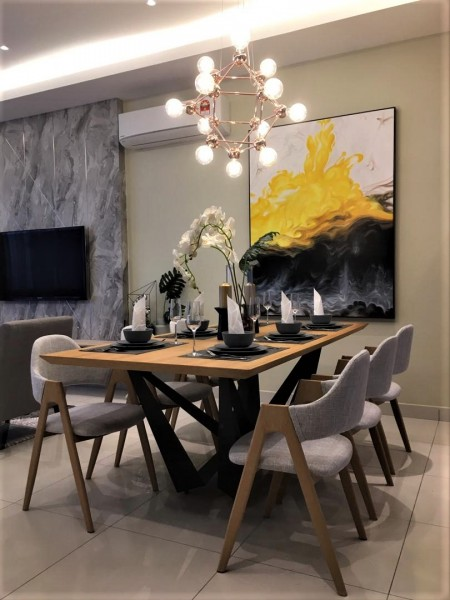 2.4M DINING TABLE - FRM51215