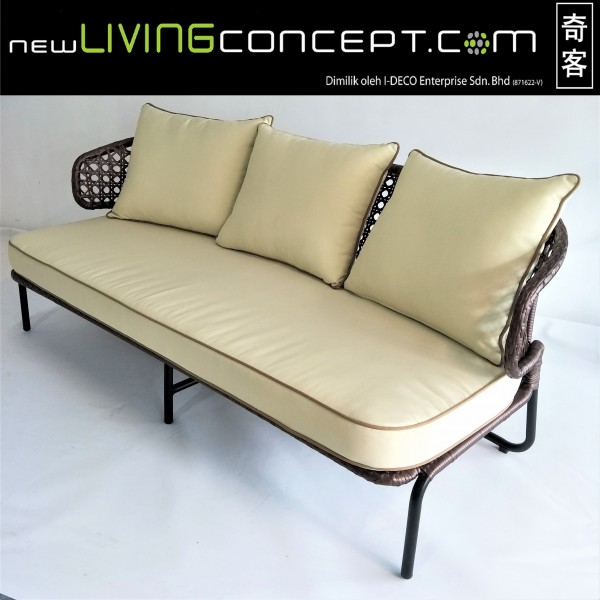 3 SEATER OUTDOOR SOFA - FRM80271