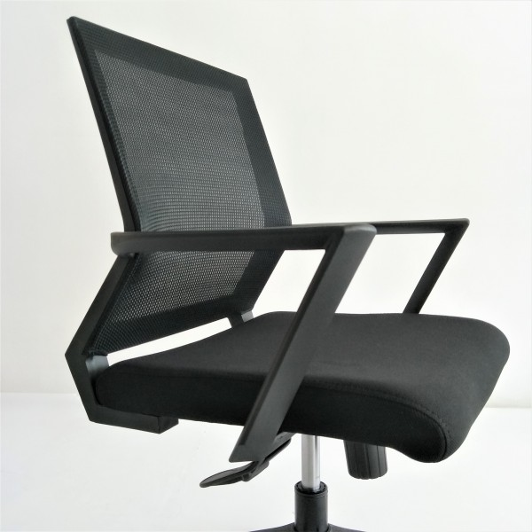 OFFICE CHAIR - FRM90174