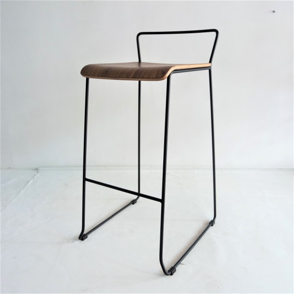 METAL BAR STOOL - FRM10893