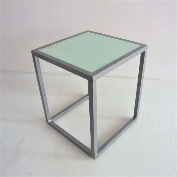 SQUARE ALUMINUM SIDE TABLE - FRM5138A2