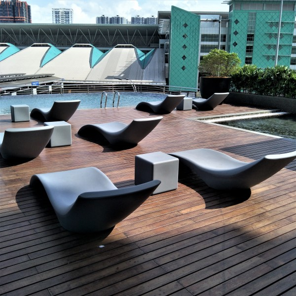 OUTDOOR CUBE SIDE TABLE - FRM8052-G3
