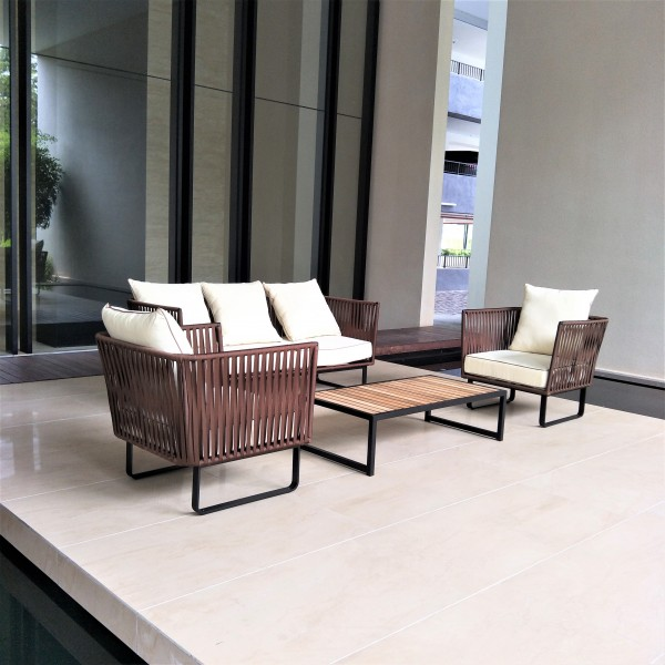 OUTDOOR COFFEE TABLE - FRM80264