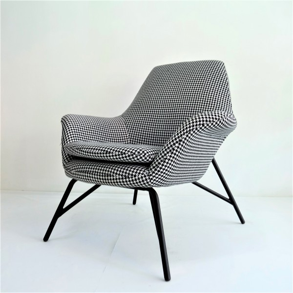 LOUNGE CHAIR - FRM71502