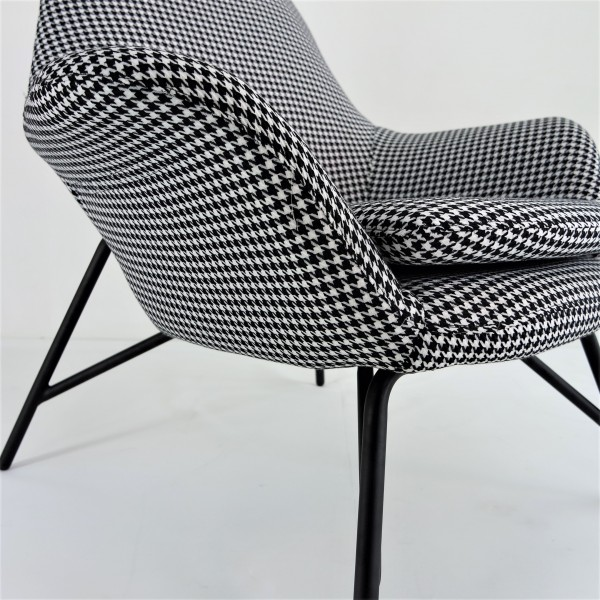 LOUNGE CHAIR - FRM71504