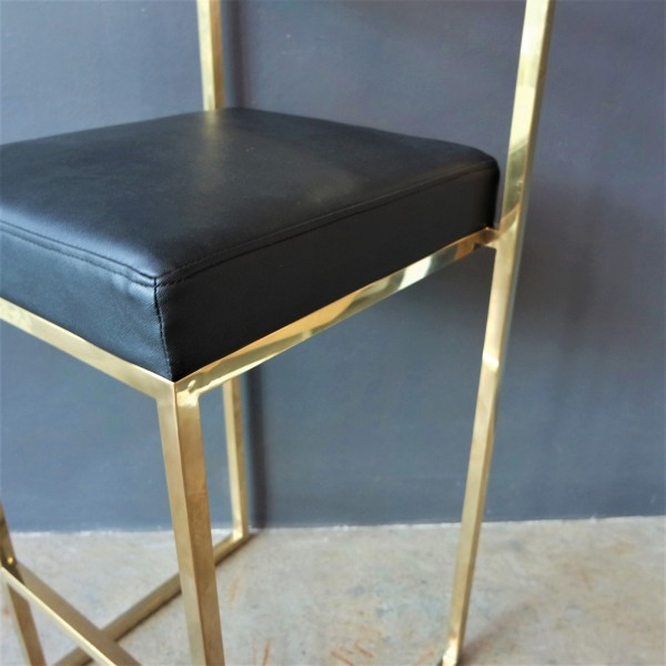GOLD FRAME BAR CHAIR -FRM10962