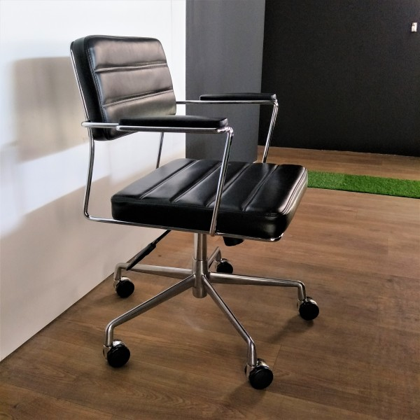 MEETING CHAIR - FRM9022-PG1