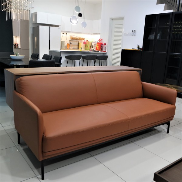 3 SEATER SOFA  FRM6262A1