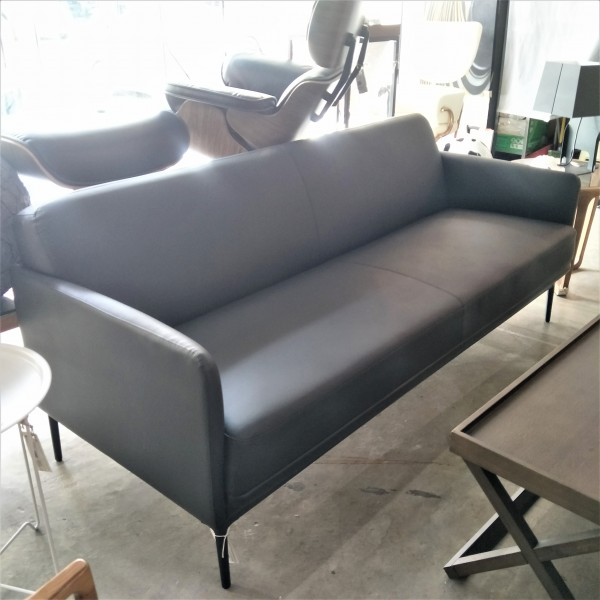 3 SEATER SOFA  FRM6262A2
