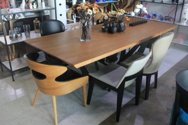 2.4M DINING TABLE - FRM51216