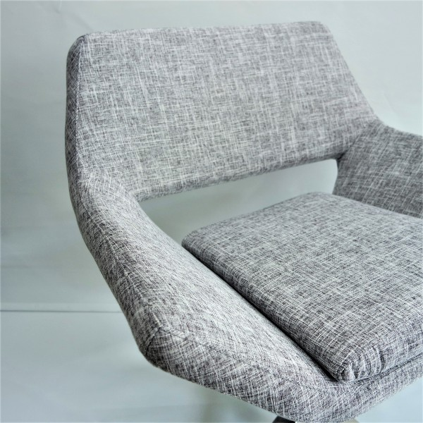 DISCUSSION CHAIR - FRM1034-FG4
