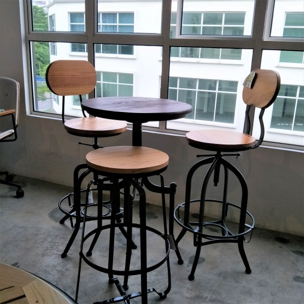 FRM1044A ANTI-533-3 WOODEN SEAT BAR CHAIR3