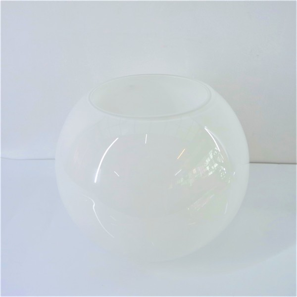 White Round Glass Vase Dct1056