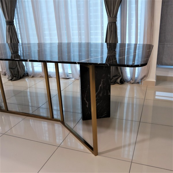 ROOD MARBLE DINING TABLE - FRM51565