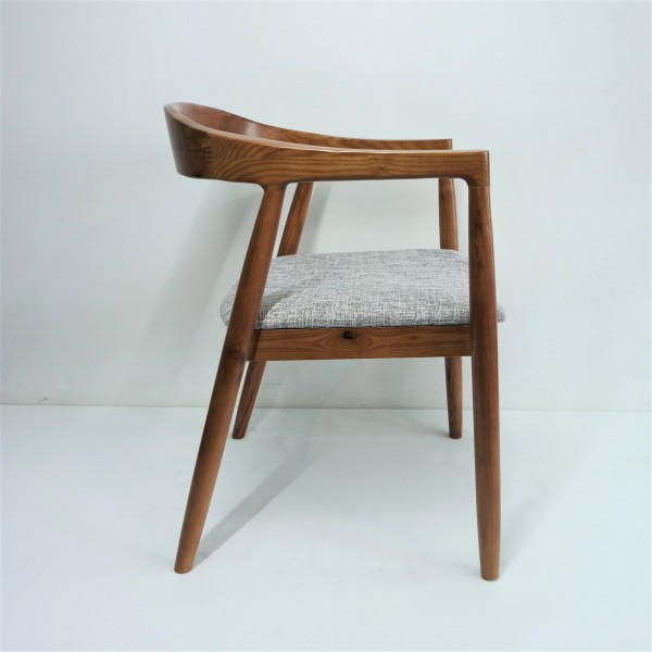 ASH WOOD ARM CHAIR - FRM02125