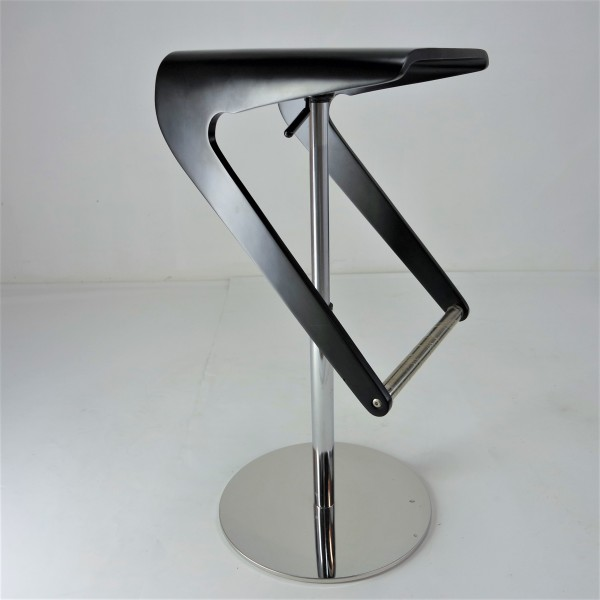 DESIGNER BAR CHAIR - FRM10592