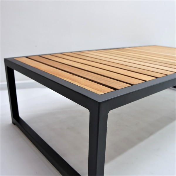 OUTDOOR COFFEE TABLE - FRM80263